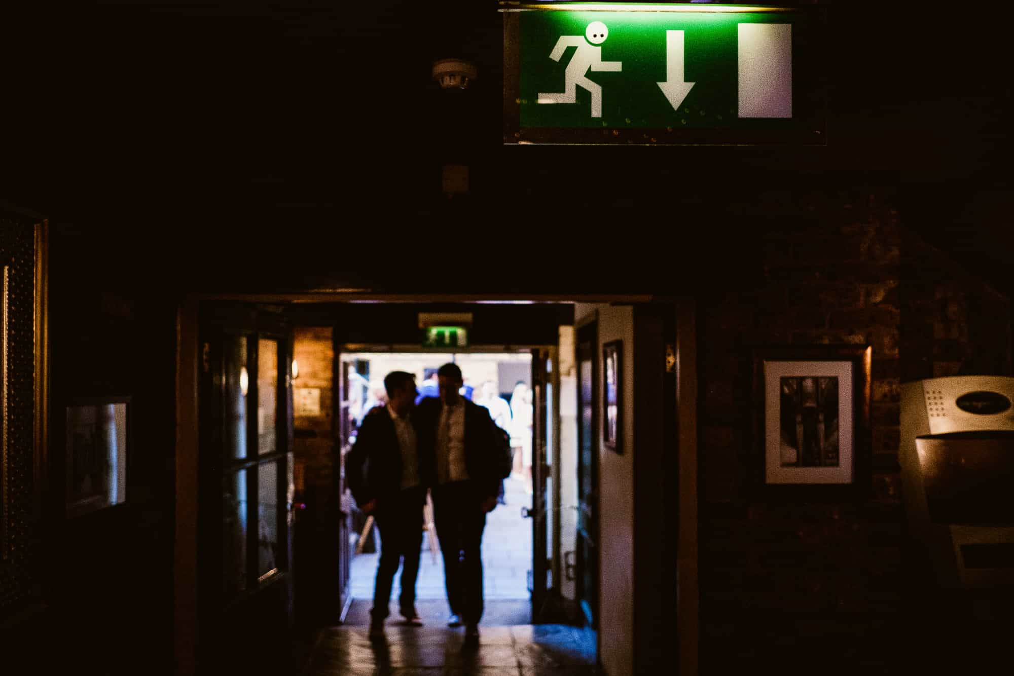 bethnal-green-town-hall-hotel-wedding-photography-0076