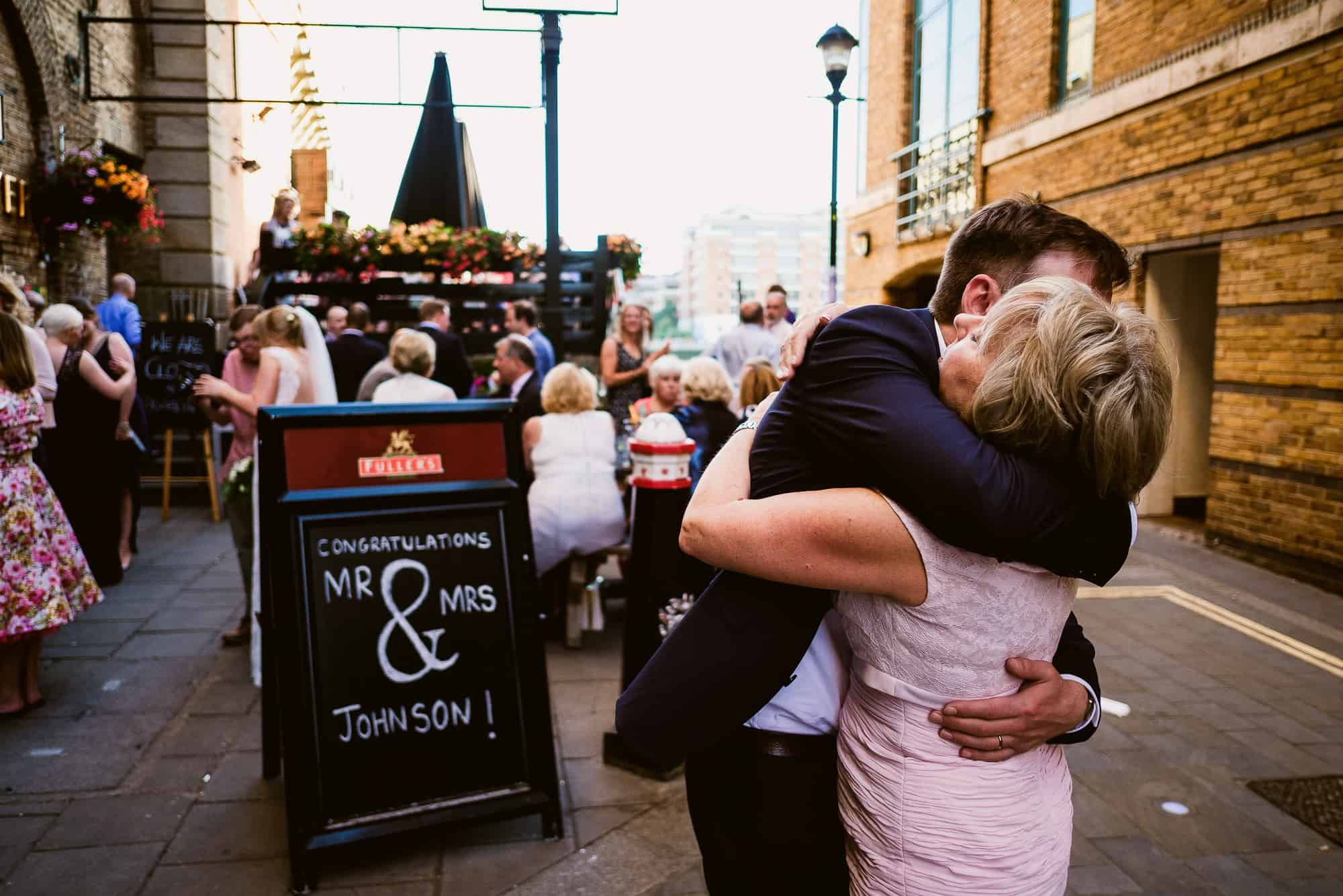 bethnal-green-town-hall-hotel-wedding-photography-0084