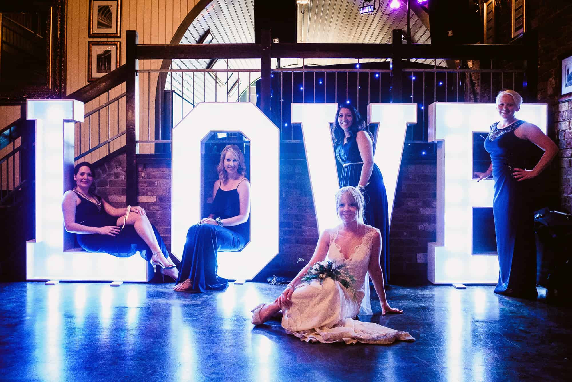 bethnal-green-town-hall-hotel-wedding-photography-0085