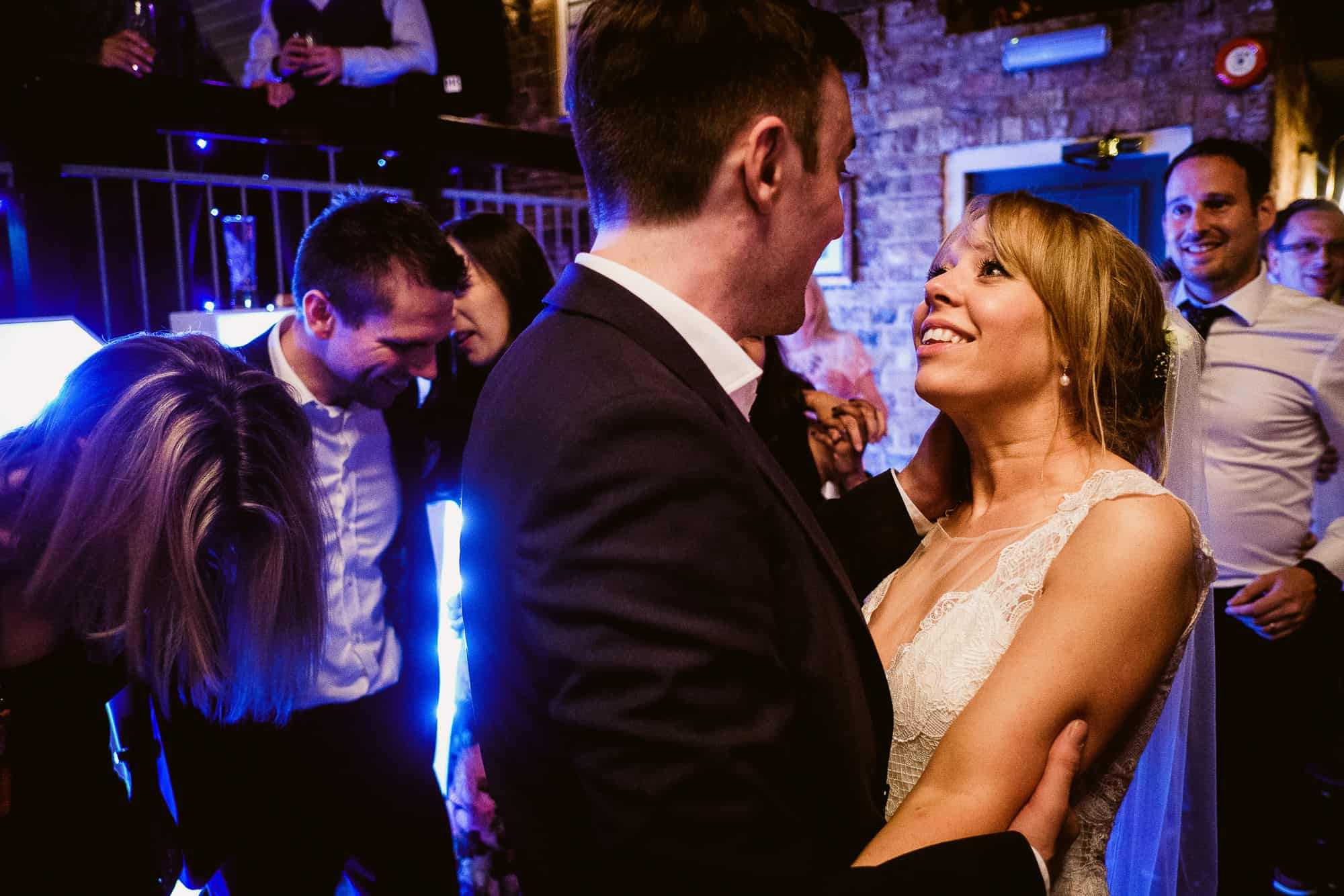 bethnal-green-town-hall-hotel-wedding-photography-0092