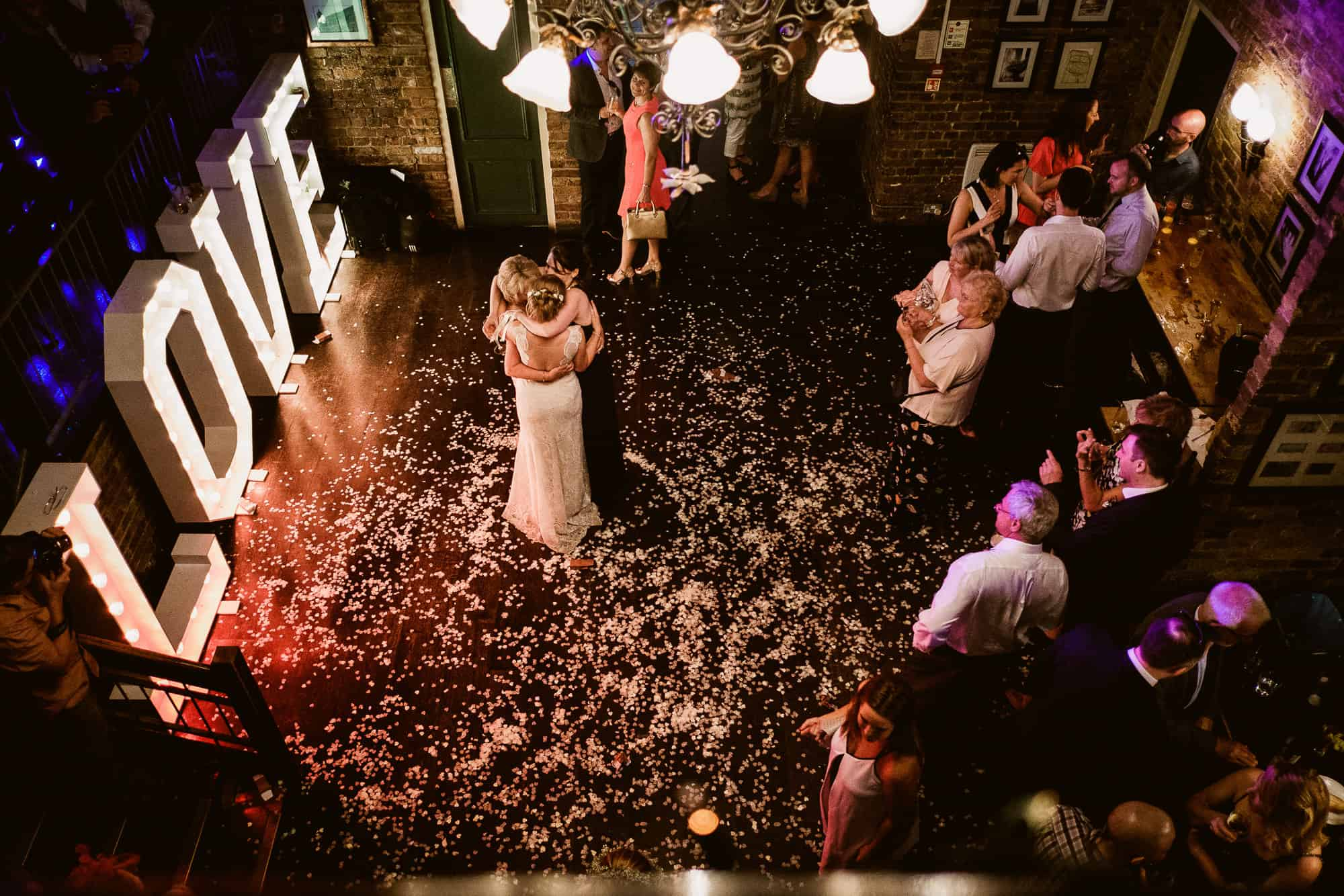 bethnal-green-town-hall-hotel-wedding-photography-0094