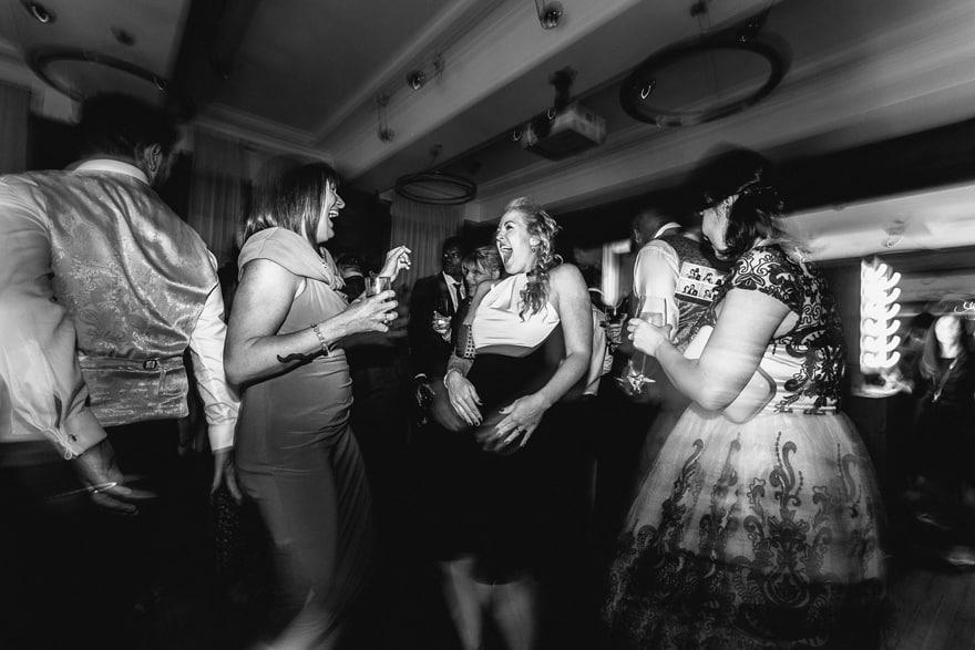 town-hall-hotel-london-wedding-photography