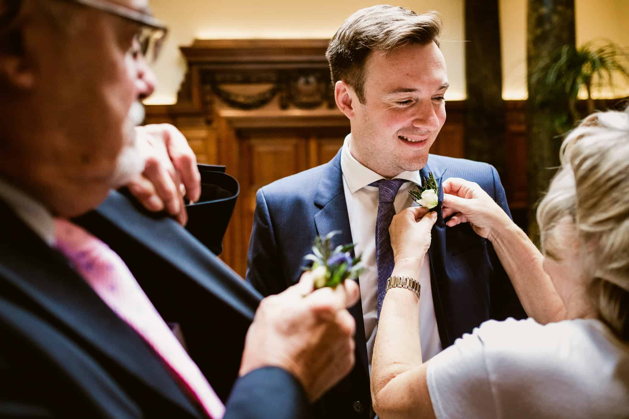 bethnal-green-town-hall-hotel-wedding-photography-0008